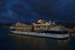driving-cruise-ship-759796__480