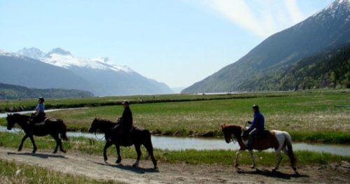 chilkoot_horseback_03-660x348